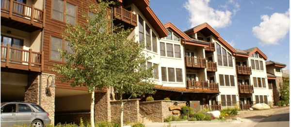 ski in and out 3 bedroom condo in Crested Butte Colorado for rent